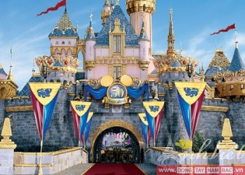 TourdulichHongKong-Disneyland-DaiNhiSon5ngay-AnhVietTourist2